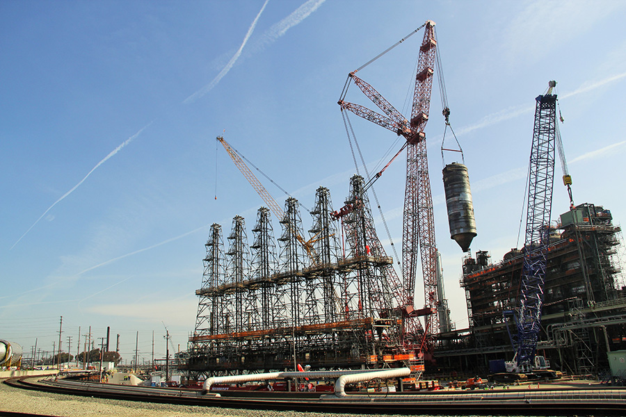 Coke Drum lift – 275 tons – Western States Refinery – Fall 2014